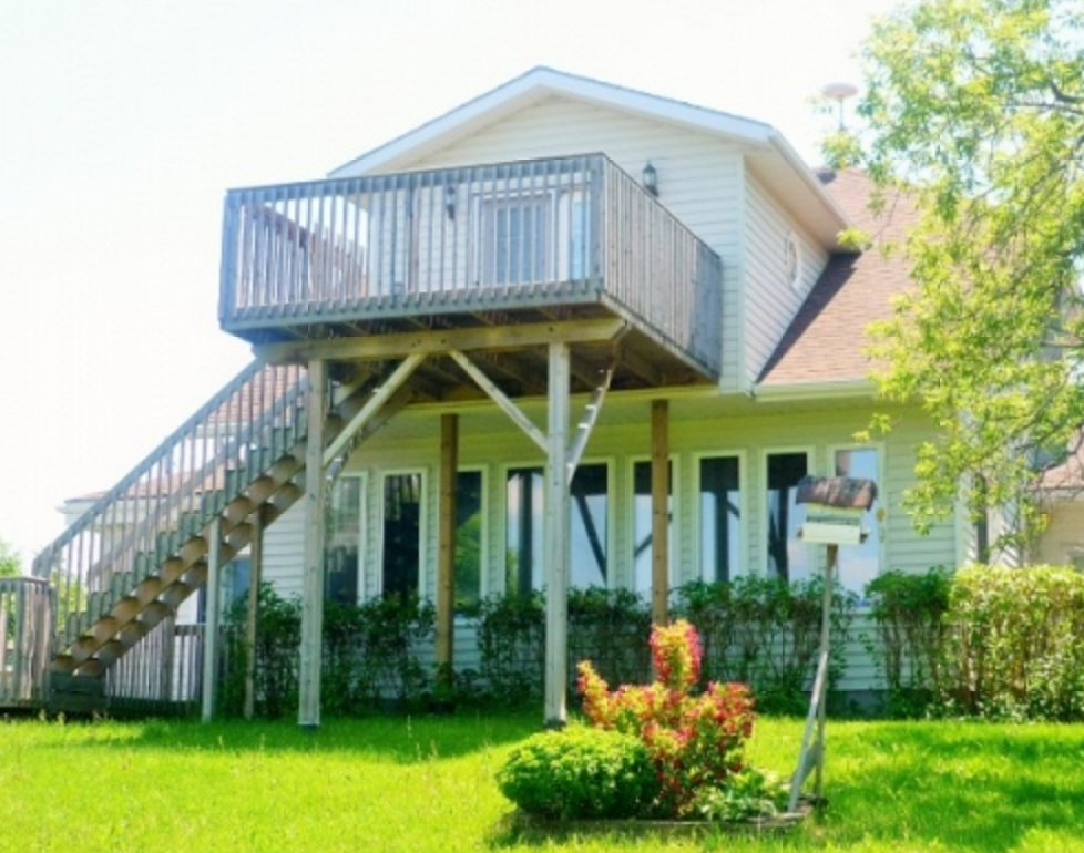 Prince Edward County Homes For Sale